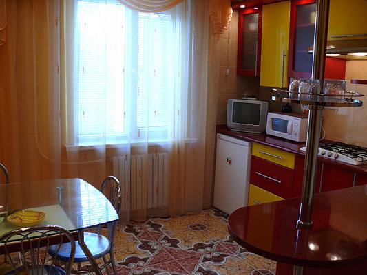 Двухкомнатная квартирапосуточно в Херсоне, Суворовский район, ул. Степана Разина, 46
