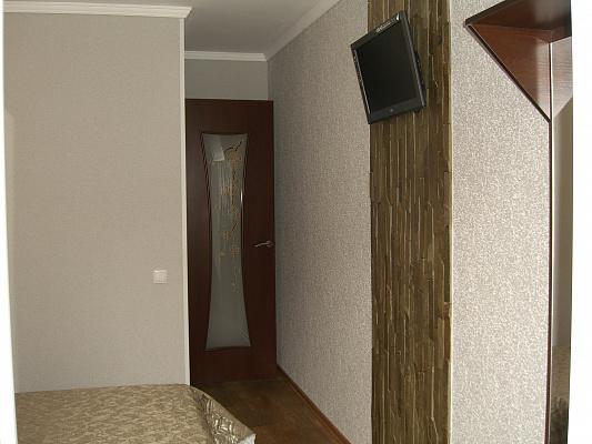 Однокомнатная квартирапосуточно в Симферополе, Железнодорожный район, ул. Спера, 33