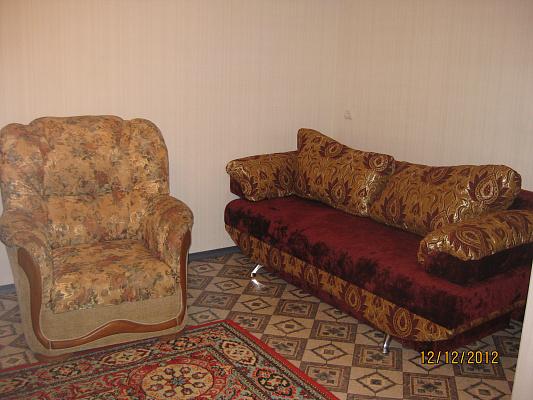 Однокомнатная квартирапосуточно в Артемовске (Бахмуте), ул. Независимости (Советская), 55