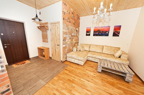 Двухкомнатная квартирапосуточно в Феодосии, Черноморская набережная, 1