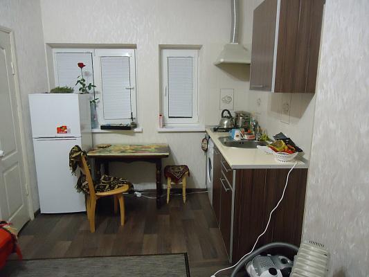 Однокомнатная квартирапосуточно в Ялте, ул. Киевская, 78