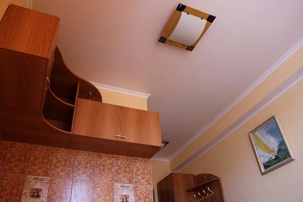 Однокомнатная квартирапосуточно в Севастополе, Гагаринский район, ул. Рыбацкий причал, 6
