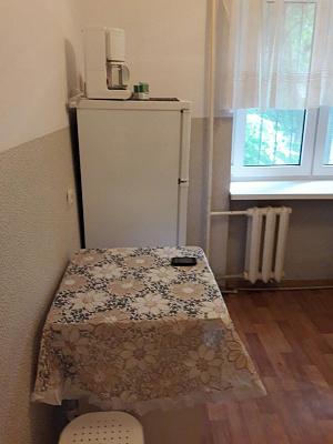 Двухкомнатная квартирапосуточно в Симферополе, Центральный район, ул. Дмитрия Ульянова, 8