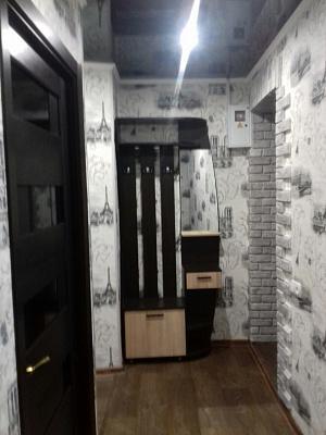 Двухкомнатная квартирапосуточно в Никополе, ул. Электрометаллургов, 4 А