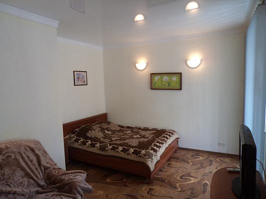 Однокомнатная квартирапосуточно в Севастополе, Ленинский район, ул. Большая Морская, 48