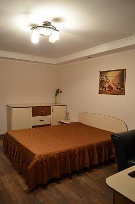 Однокомнатная квартирапосуточно в Черкассах, б-р Шевченко, 241