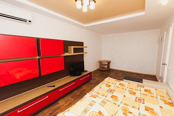 Однокомнатная квартирапосуточно в Северодонецке, ул. Гагарина, 54