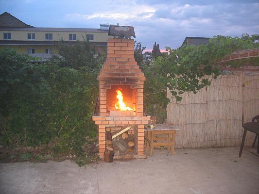 Однокомнатная квартирапосуточно в Железном Порту, ул. Школьная, 21б