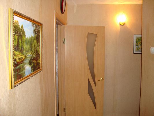 Двухкомнатная квартирапосуточно в Одессе, Малиновский район, ул. Академика Филатова, 40