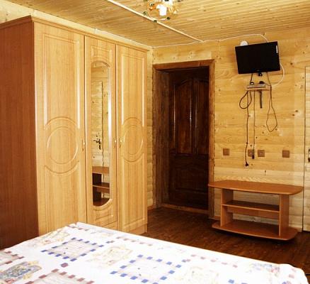 Дом посуточно в Полянице, с. Поляница, 11