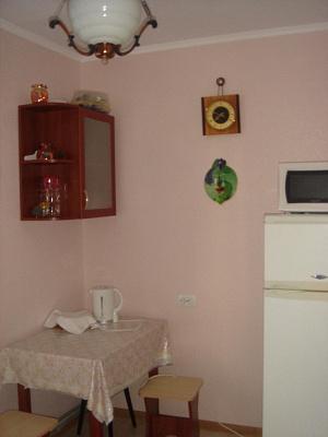 Однокомнатная квартирапосуточно в Саках, ул. Курортная, 23