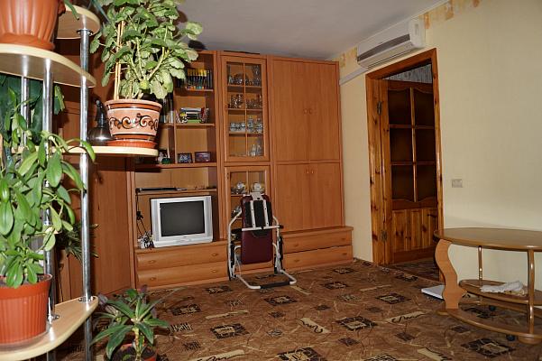 Однокомнатная квартирапосуточно в Феодосии, пер. Колхозный, 1