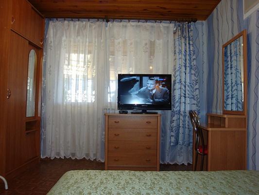 Однокомнатная квартирапосуточно в Новом свете, ул. Шаляпина, 34