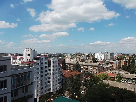 Однокомнатная квартирапосуточно в Одессе, Приморский район, ул. Пантелеймоновская, 112
