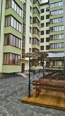 Однокомнатная квартирапосуточно в Трускавце, ул. С.Бандеры, 35