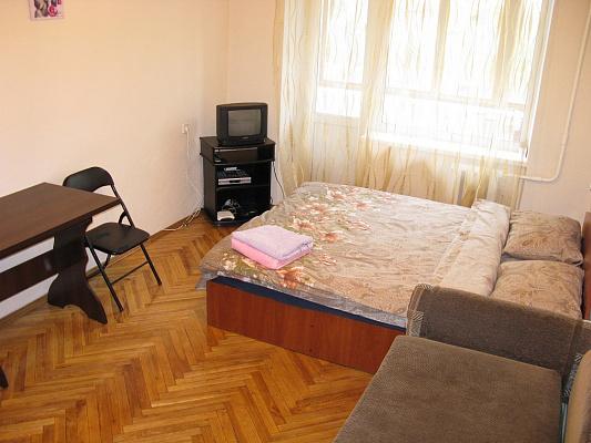 Однокомнатная квартирапосуточно в Киеве, Печерский район, ул. Николая Лескова, 6