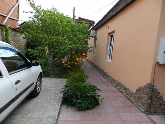 Дом посуточно в Феодосии, ул. Украинская, 1
