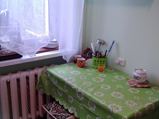 Однокомнатная квартирапосуточно в Саках, ул. Кузнецова, 24