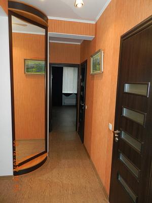 Двухкомнатная квартирапосуточно в Феодосии, б-р Адмиральский, 7В
