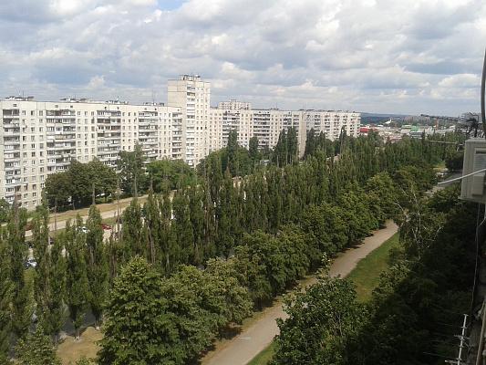 Двухкомнатная квартирапосуточно в Харькове, Московский район, ул. Академика Павлова, 140