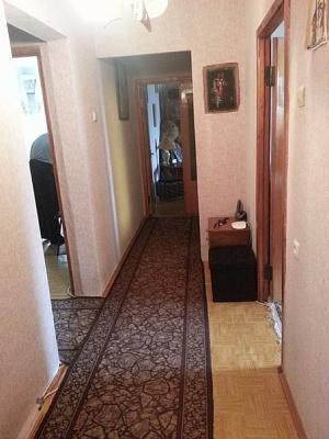 Четырехкомнатная квартирапосуточно в Славутиче, ул. Московская, 13