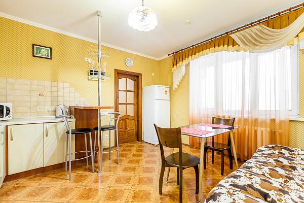 Однокомнатная квартирапосуточно в Киеве, Дарницкий район, ул. Михаила Гришко, 9