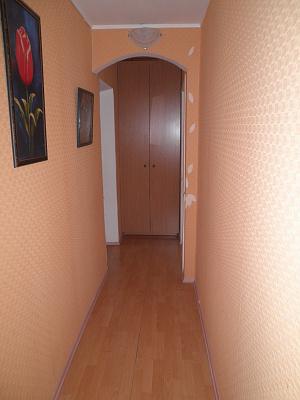 Двухкомнатная квартирапосуточно в Алуште, ул. Ленина, 43