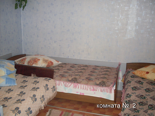 Дом посуточно в Каролино-Бугазе, ул. Вокзальная, 32