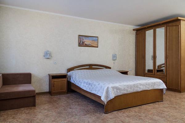 Однокомнатная квартирапосуточно в Николаеве, Центральный район, ул. Инженерная, 17