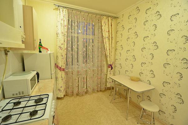 Двухкомнатная квартирапосуточно в Николаеве, Центральный район, ул. Спасская, 48