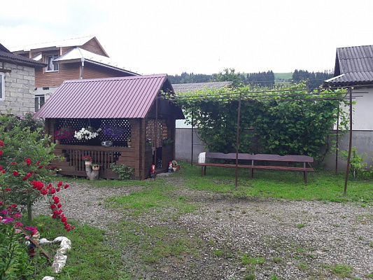 Дом посуточно в Верховине, ул. Поповича, 40