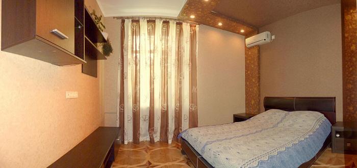 Двухкомнатная квартирапосуточно в Севастополе, Ленинский район, ул. Генерала Петрова, 6