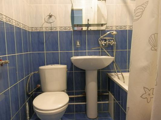 Двухкомнатная квартирапосуточно в Виннице, Ленинский район, ул. Архитектора Артынова, 29