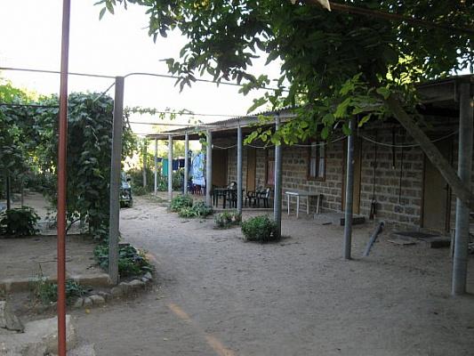 Мини-отель посуточно в Счастливцево, ул. Гагарина, 69