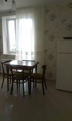 Однокомнатная квартирапосуточно в Севастополе, Гагаринский район, ул. Кесаева, 16