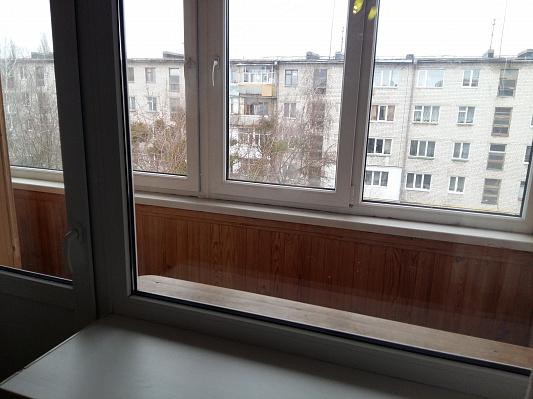 Однокомнатная квартирапосуточно в Житомире, ул. Короленко, 2