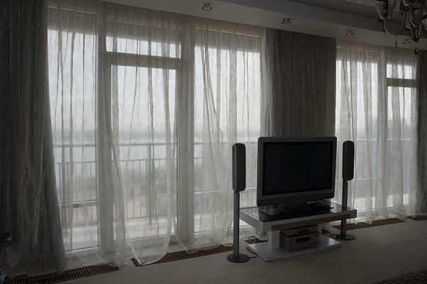 Двухкомнатная квартирапосуточно в Днепре, Бабушкинский район, ул. Глинки, 2