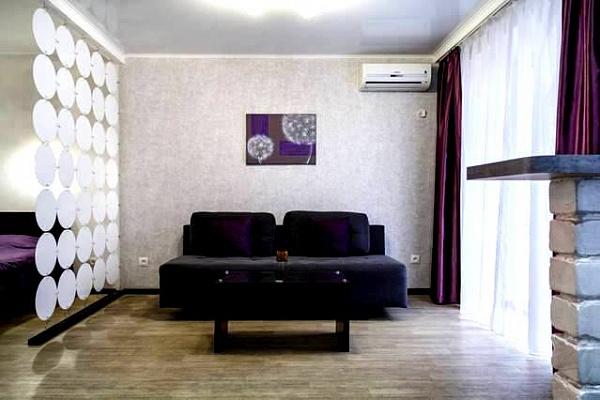 Однокомнатная квартирапосуточно в Николаеве, Заводской район, ул. Московская, 54А