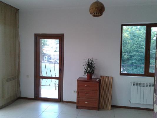 Однокомнатная квартирапосуточно в Симферополе, Киевский район, ул. Гурзуфская, 10