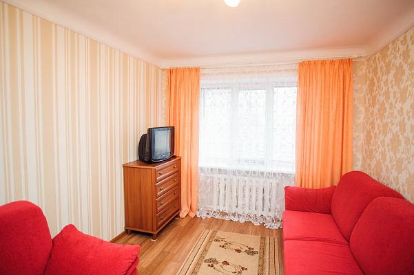 Двухкомнатная квартирапосуточно в Черкассах, б-р Шевченко, 246