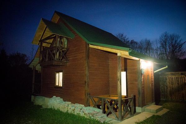 Дом посуточно в Изках, ул. Изки, 35