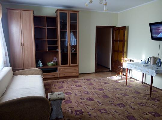 Дом посуточно в Симферополе, Киевский район, пр-т Победы, 290