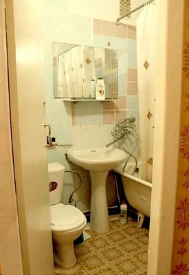 Двухкомнатная квартирапосуточно в Севастополе, Гагаринский район, ул. Ефремова, 14