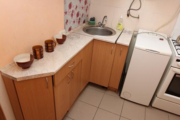 Трехкомнатная квартирапосуточно в Виннице, Ленинский район, ул. Монастырская, 35
