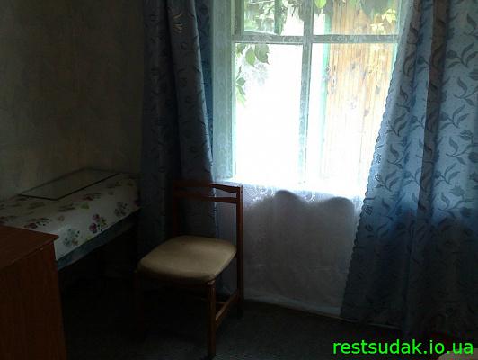 Пятикомнатная квартирапосуточно в Судаке, ул. Ленина, 87