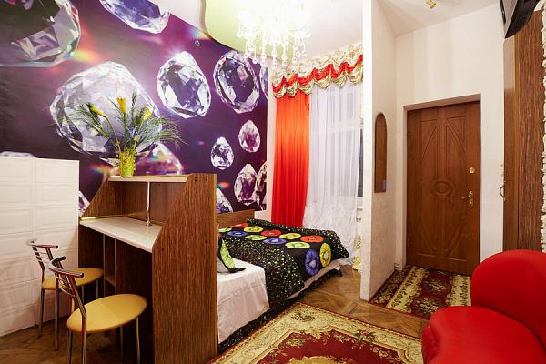 Однокомнатная квартирапосуточно в Львове, Лычаковский район, ул. Зеленая, 49