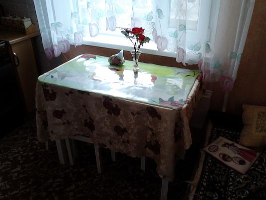 Однокомнатная квартирапосуточно в Керчи, ул. Сморжевского