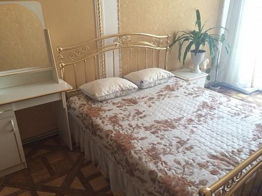 Однокомнатная квартирапосуточно в Львове, Галицкий район, пл. Рынок, 20