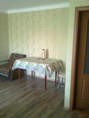 Двухкомнатная квартирапосуточно в Евпатории, пр-т Ленина, 44