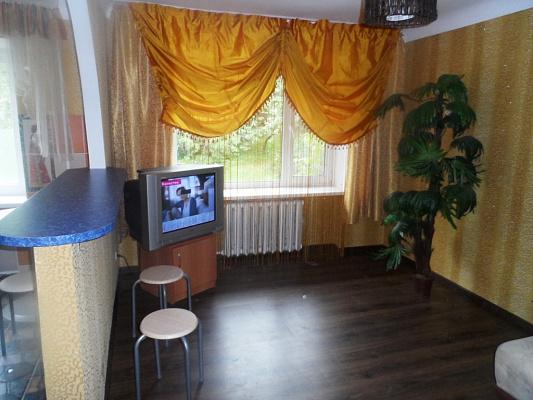 Двухкомнатная квартирапосуточно в Кировограде (Кропивницком), Ленинский район, ул. Архитектора Паученко, 65